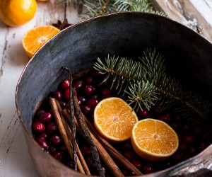 Natural Home Fragrances You Can Make In Minutes