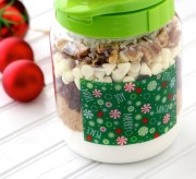 In my opinion, there is nothing better than receiving a gift made by hand. With the holidays quickly approaching, we wanted to put together a thoughtful gift that you can make yourself for your loved ones! Cookie Mix In Jar Holiday Gift Layered beautifully in a festive jar, these delicious White Chocolate Cranberry Cookies are ready to make once your friends and family receive them! Cookie Mix In Jar Holiday Gift Of course, a recipe card will need to be included with each gift, so make sure you print this one out below! [cft format=0] Happy Holidays! Cookie Mix In Jar Holiday Gift