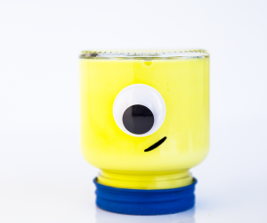 How to Make Easy Despicable Me 3 MINIONS Slime! In honor of the upcoming movie, we have put together a super cute (and easy) BRIGHT YELLOW Minions slime recipe that your kids will just love.